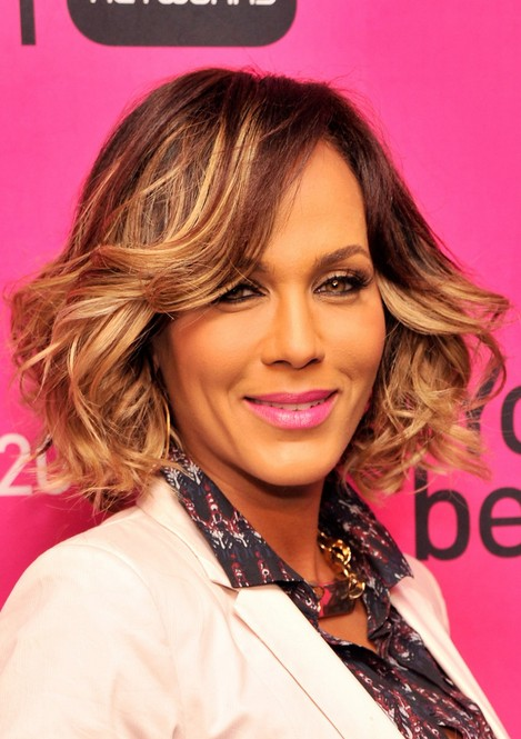 nicole ari parker short hair style for 2014